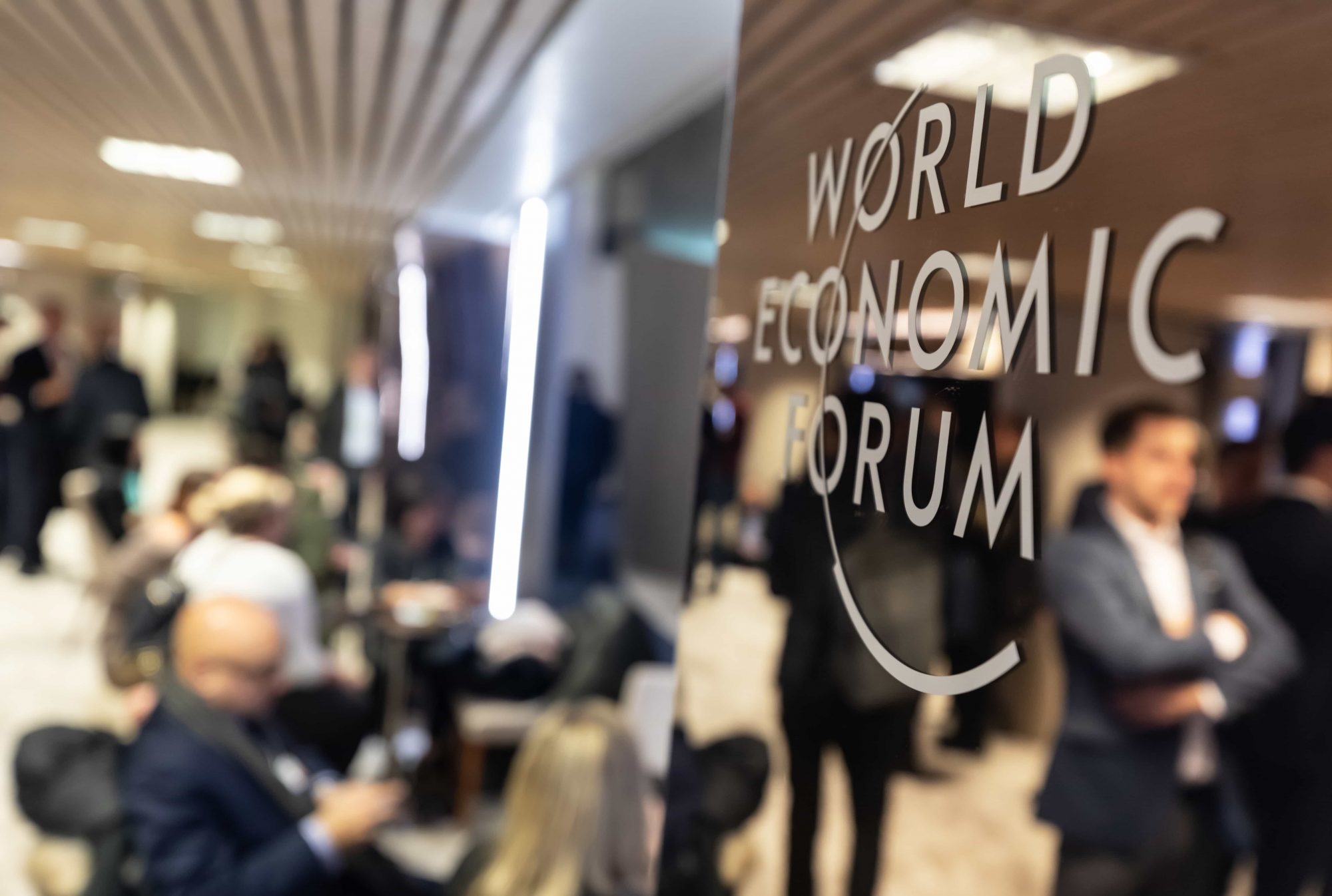 World Economic Forum selects Bahrain and UK as a testbed for new AI procurement rules